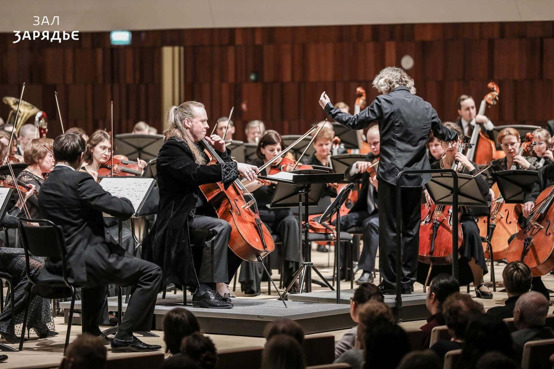 Денис Шаповалов и АСО Омской филармонии. Фото - Лилия Ольховая