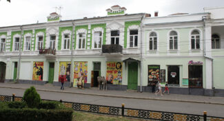 Здание бывшего кинотеатра «Комсомолец» передали Мариинскому театру