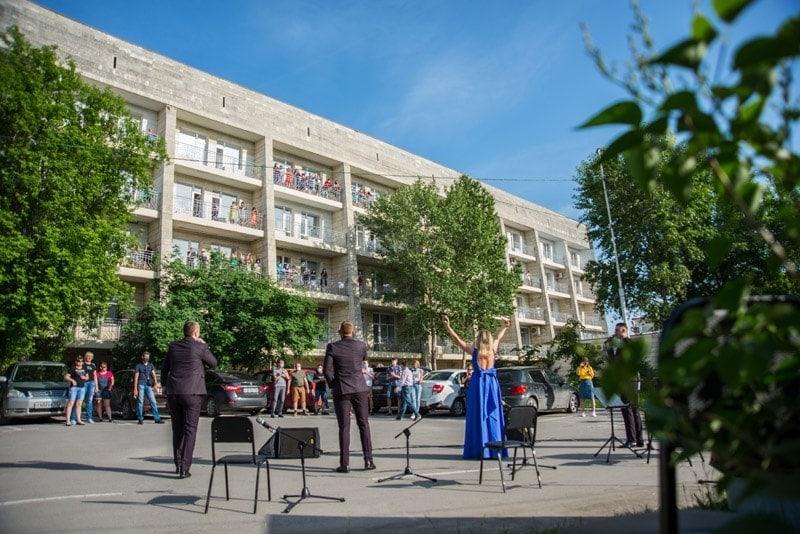 Благотворительные концерты Омской филармонии для медиков