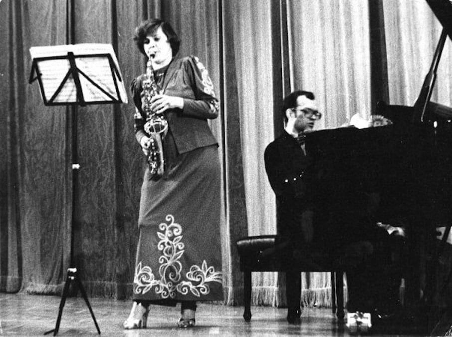 Маргарита Шапошникова, концертмейстер Сергей Солодовник (1950-2010)