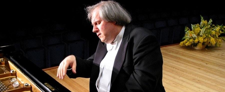 Григорий Соколов
