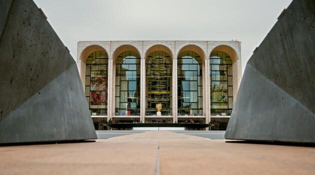 Метрополитен-опера. Фото - Vincent Tullo