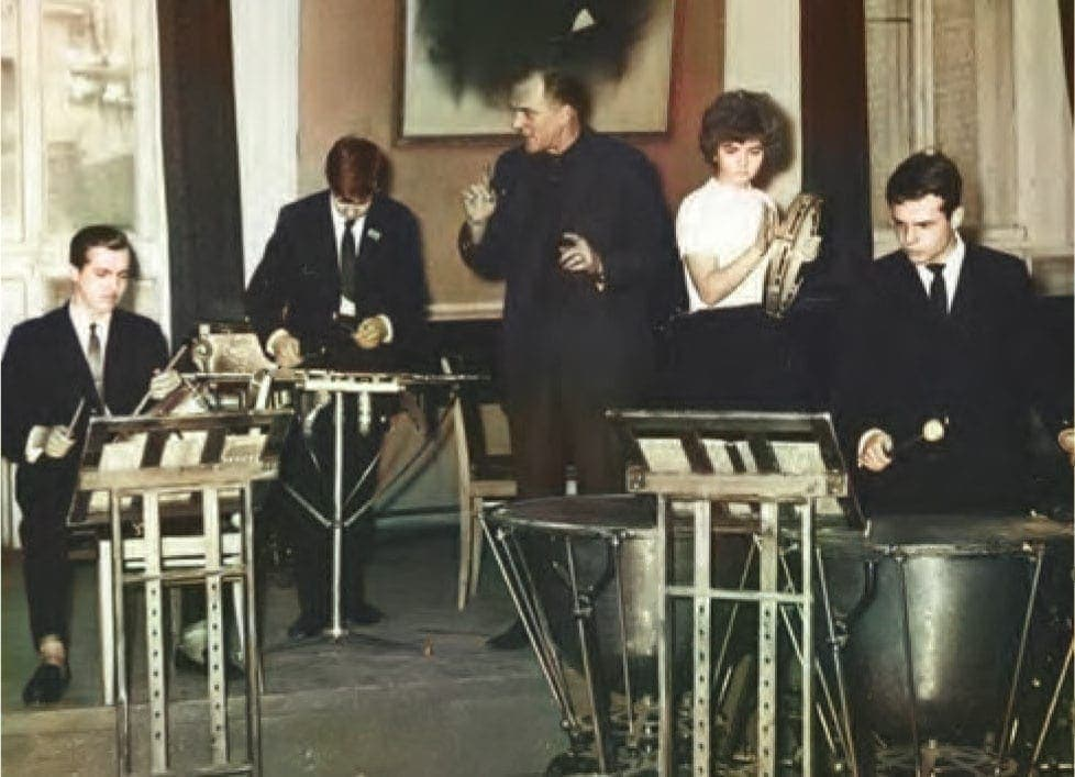 Владислав Сенкевич с учениками. Конец 1960-х годов