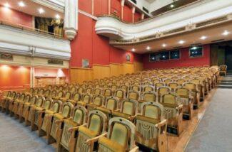Театр Новая Опера возобновляет свою работу