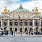 Парижская опера готовится к открытию