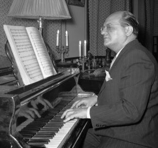 alexander melik pashaev 325x303 - Александр Мелик-Пашаев. «Рыцарь советской оперы»