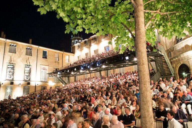 جشنواره Aix-en-Provence برنامه