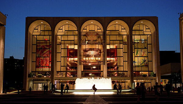 Музыканты «Метрополитен-оперы» покидают Нью-Йорк