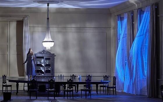 Дмитрий Черняков поставил «Евгения Онегина» в Венской опере. Фото - Wiener Staatsoper