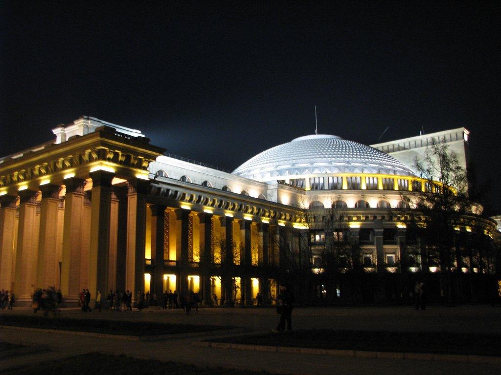 Новосибирский театр оперы ибалета