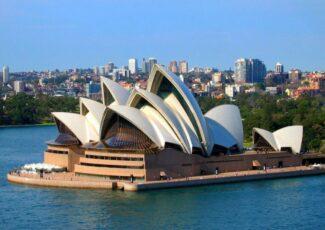 Сиднейская опера возобновляет работу