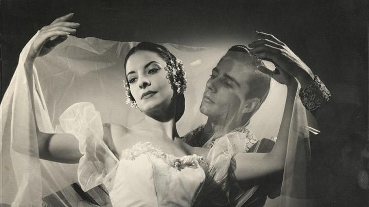 Алисия Алонсо и Рейес Фернандес в «Жизели», 1960 г. Фото: Аннемари Генрих
