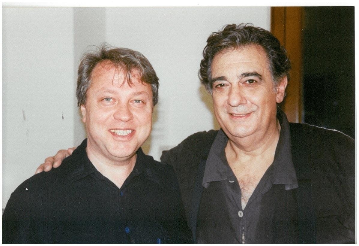 Александр Науменко и Пласидо Доминго. Фото из личного архива А. Науменко