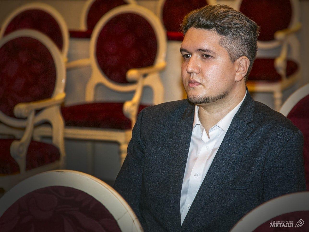 Дмитрий Отяковский