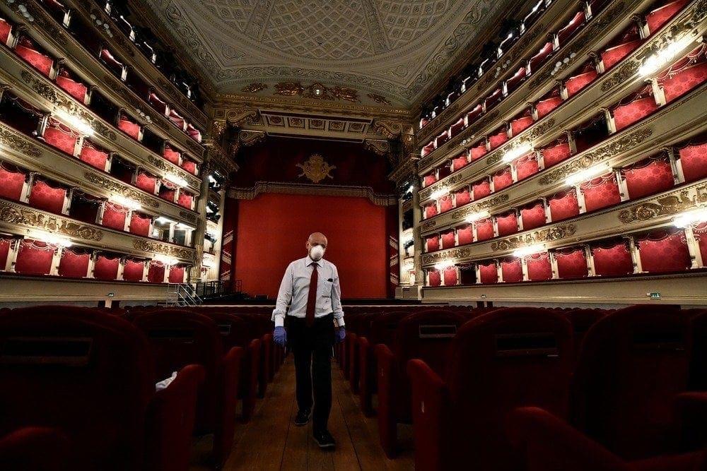Вспышка короновируса в театре Ла Скала