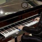 Настоящие пианисты обучили виртуального