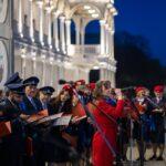Праздничное поздравление хора Московского Метрополитена прозвучало в микрофоны «Октава»