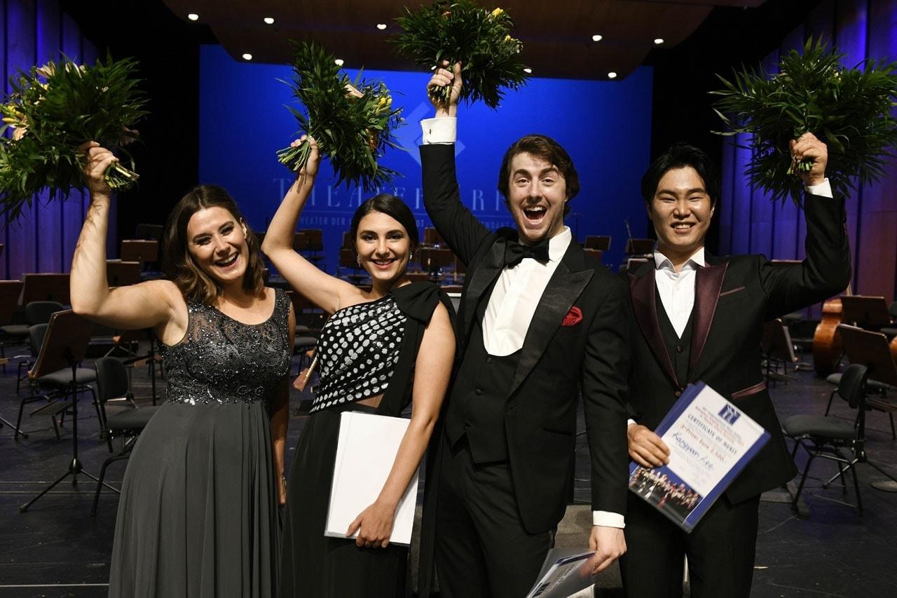 Verity Wingate (2nd prize), Elena Villalón (2nd prize), Joshua Lovell (1st prize), Kangyoon Lee (3rd prize)