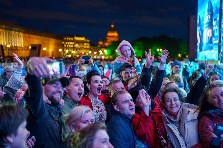 Зрители на концерте «Классика на Дворцовой» - 2021. Фото - Руслан Шамуков