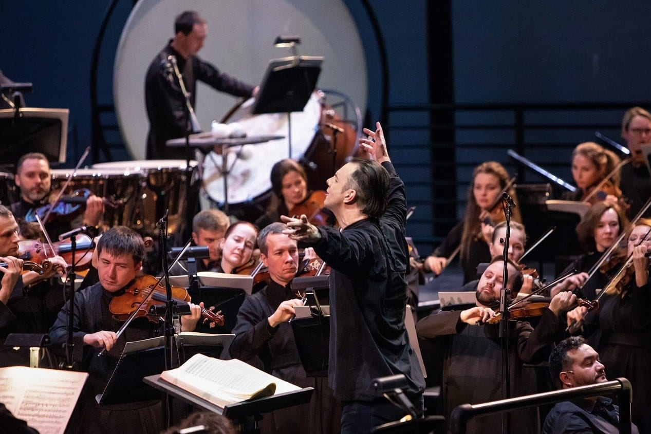 Теодор Курентзис и оркестр musicAeterna. Фото - Александра Муравьева