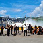 Сибирский юношеский оркестр сыграл нафоне водосброса Красноярской ГЭС