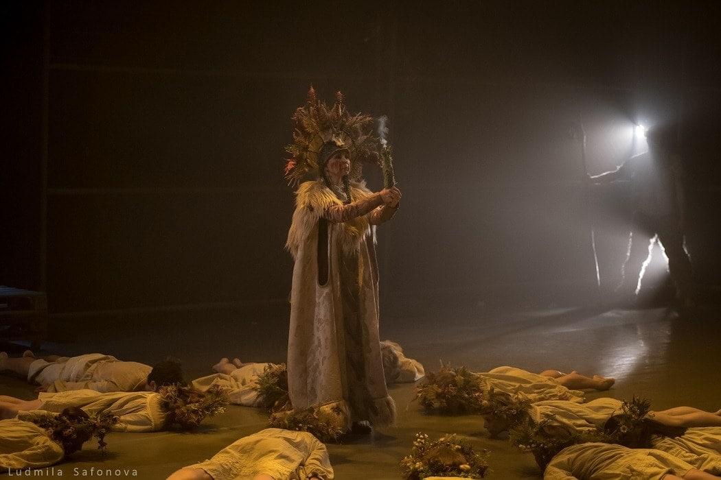 Сцена из балета Артура Пита «Лето, Зима и Весна священная»