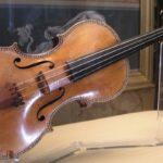 Скрипка Страдивари из собрания Мадридского королевского дворца. Фото - Хокан Свенссон