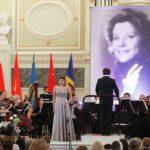 Зинаида Царенко (1 премия)