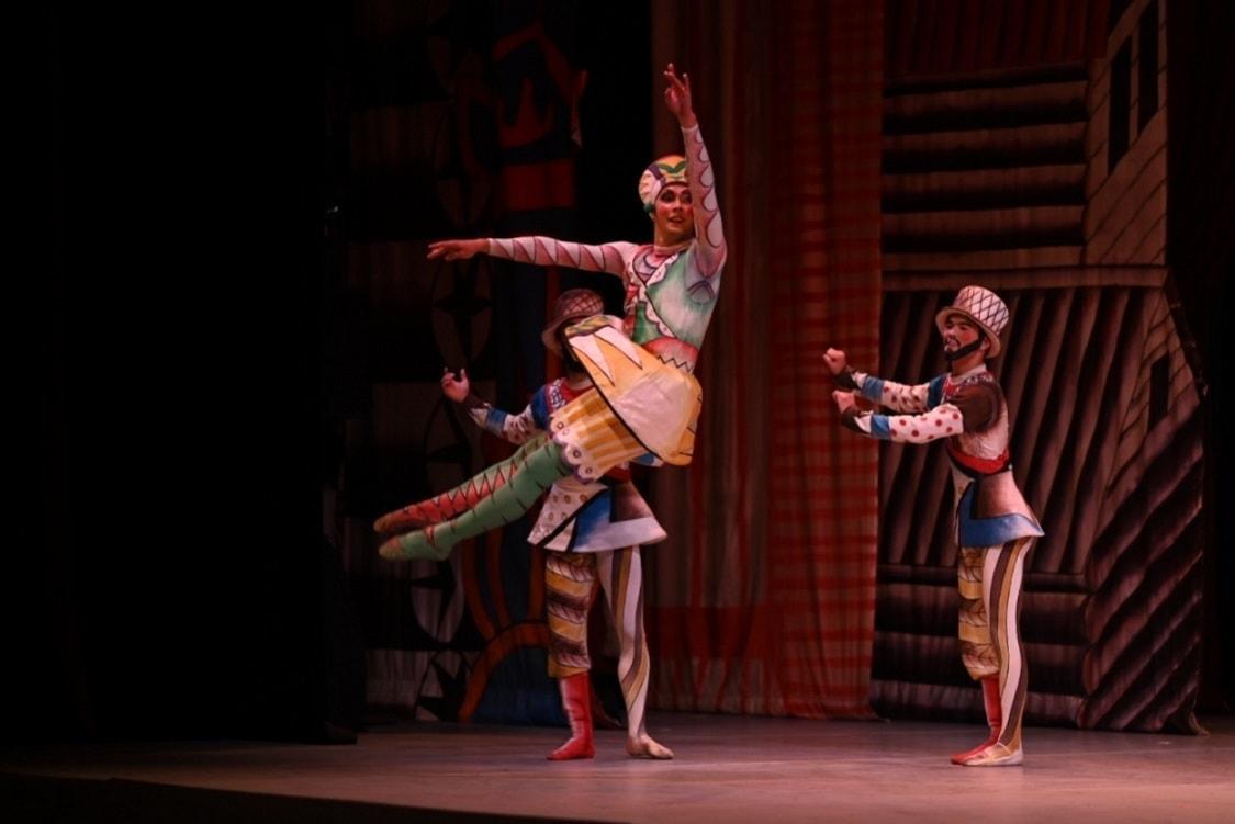 "Сцена из балета ""Шут"". Фото - Гюнай Мусаева"