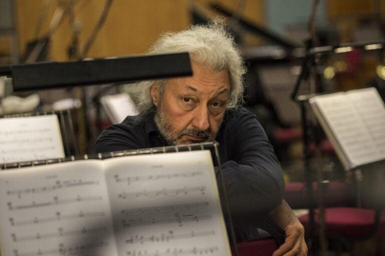 Юбилейные симфонии: в Зарядье состоится грандиозный симфонический концерт Стаса Намина