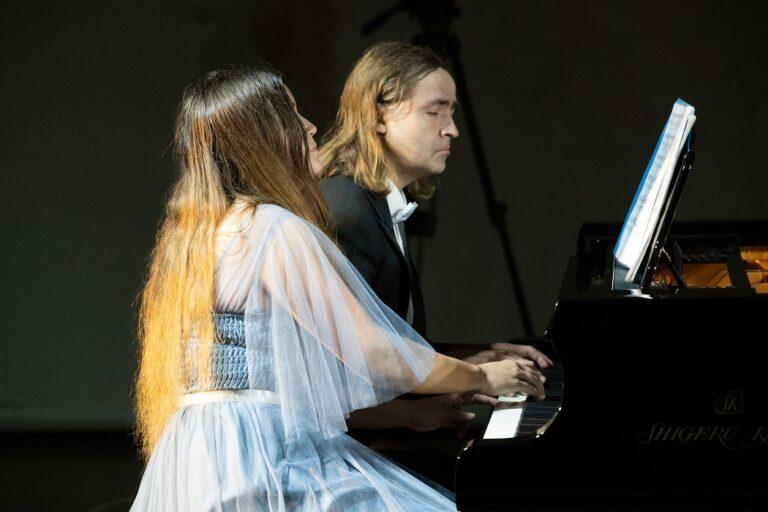 В 210-летие Листа — только Лист. Пианисты Петр Аверин и Елена Дроздова